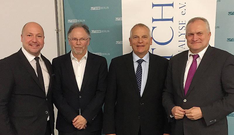 """IWS bei """"Econwatch"""" in Berlin: Wie kann ökonomische Politikberatung noch verbessert werden?"""
