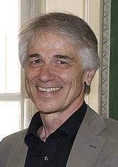 Dr. Roman Obrovski